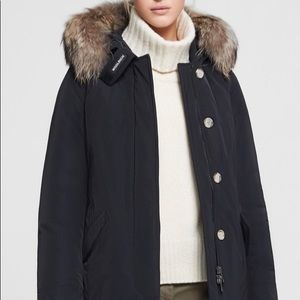 WoolRich Heavy Jacket With Fur!